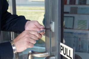 locksmith service near